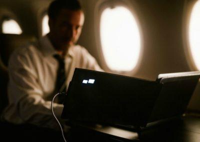 DUO, portable dual screen laptop monitor